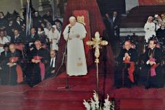 El Papa Juan Pablo II en la Catedral Metropolitana 31 de marzo de 1987