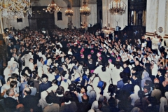 Salida de Juan Pablo II de la Catedral Metropolitana