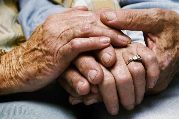 ancianos-e1438914372410.jpg