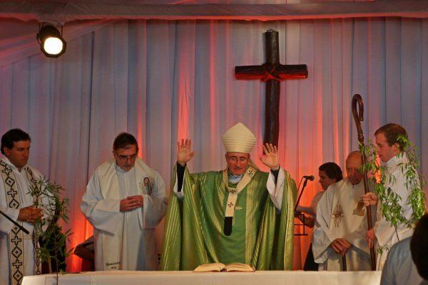 Bendición final / Fuente: Leonardo Gutiérrez - Arquidiócesis de Montevideo