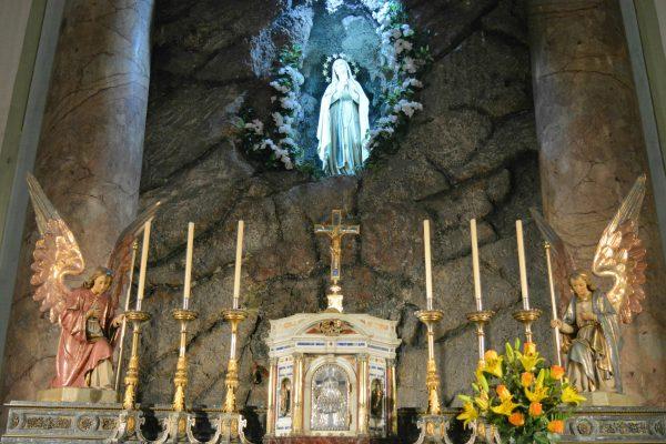 Sagrario e imagen de la Virgen / Fuente: Leonardo Gutiérrez - Arquidiócesis de Montevideo