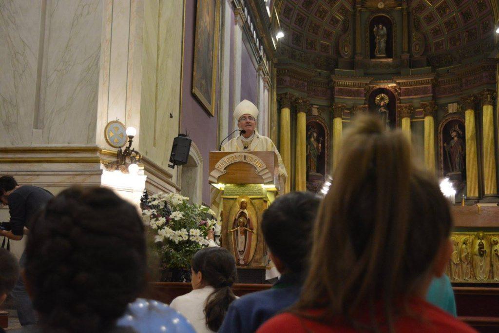 El Cardenal Daniel Sturla durante la homilía / Fuente: Clara Planelles - Arquidiócesis de Montevideo