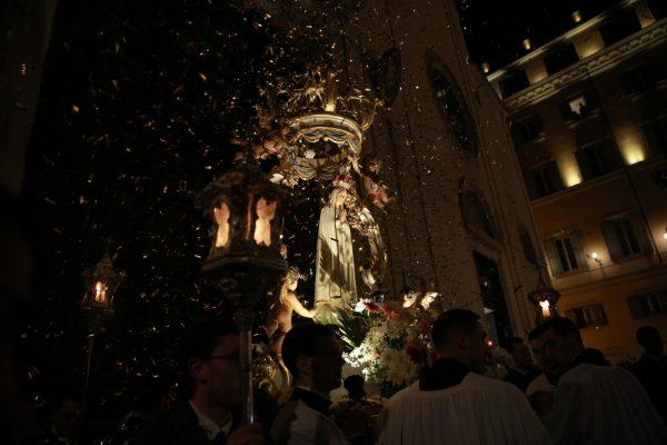 Procesión en Roma / Fuente: Daniel Ibañez  para Catholic News Agency
