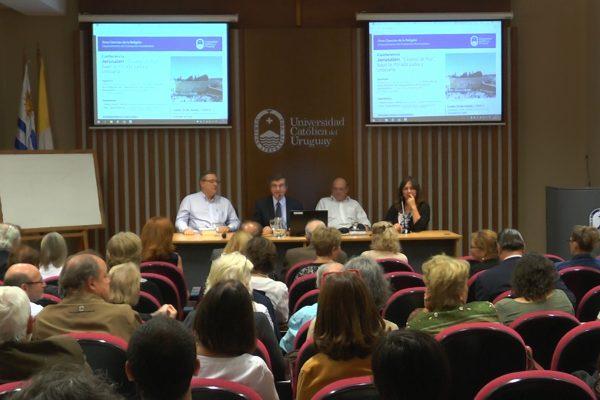 """Conferencia Jerusalén """"Ciudad de Paz"""" / Fuente: DECOS Montevideo"""
