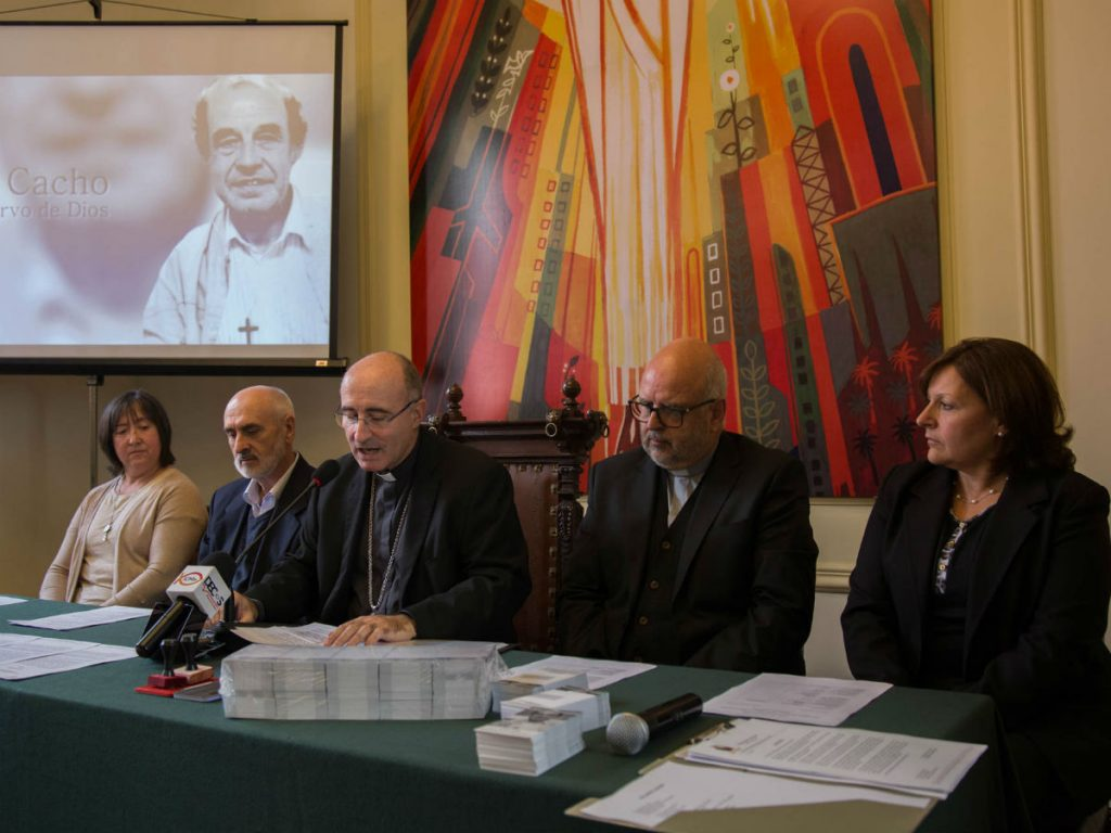 Hna. Fabiana Velázquez, P. Javier Galdona, Card. Daniel Sturla, P. Javier Galdona, Teresa Echevarría/F. Gutiérrez