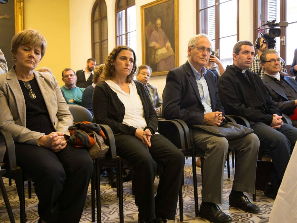 Susana Monreal, Mercedes Clara, P. Pablo Dabezies, P. Leonardo Vernazza y P. Daniel Bazzano /F. Gutiérrez