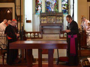 El Card. Sturla y Mons. Pollesel en Catedral anglicana /C. Bellocq