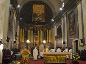 En la Catedral colocaron una imagen del resucitado /C. Bellocq