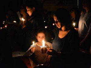 Las velas se encendieron de a una /C. Bellocq