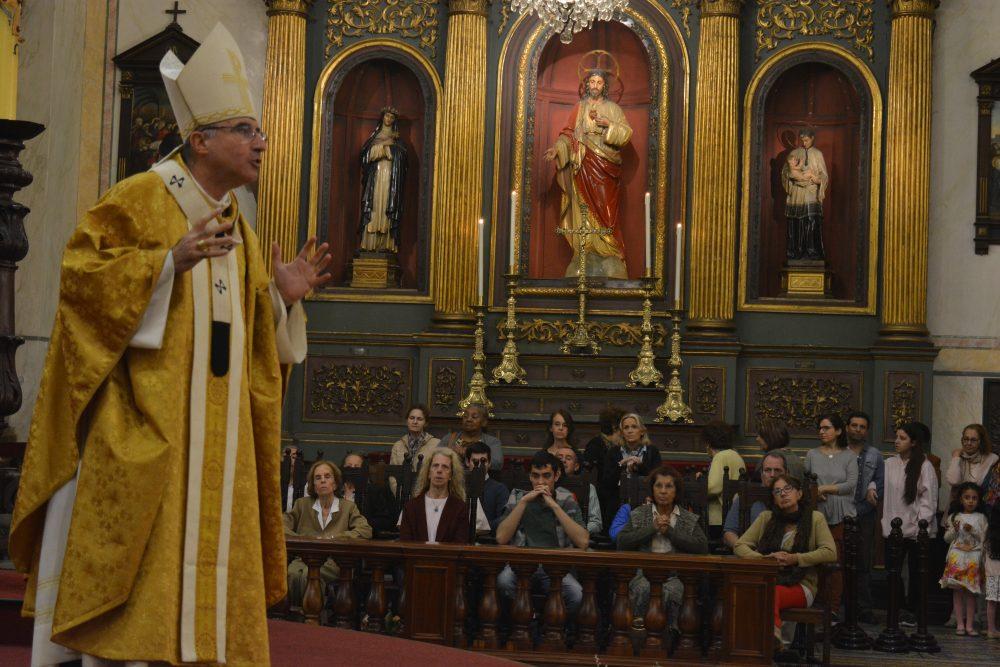 El Cardenal Sturla durante la homilía / Fuente: Decos Montevideo