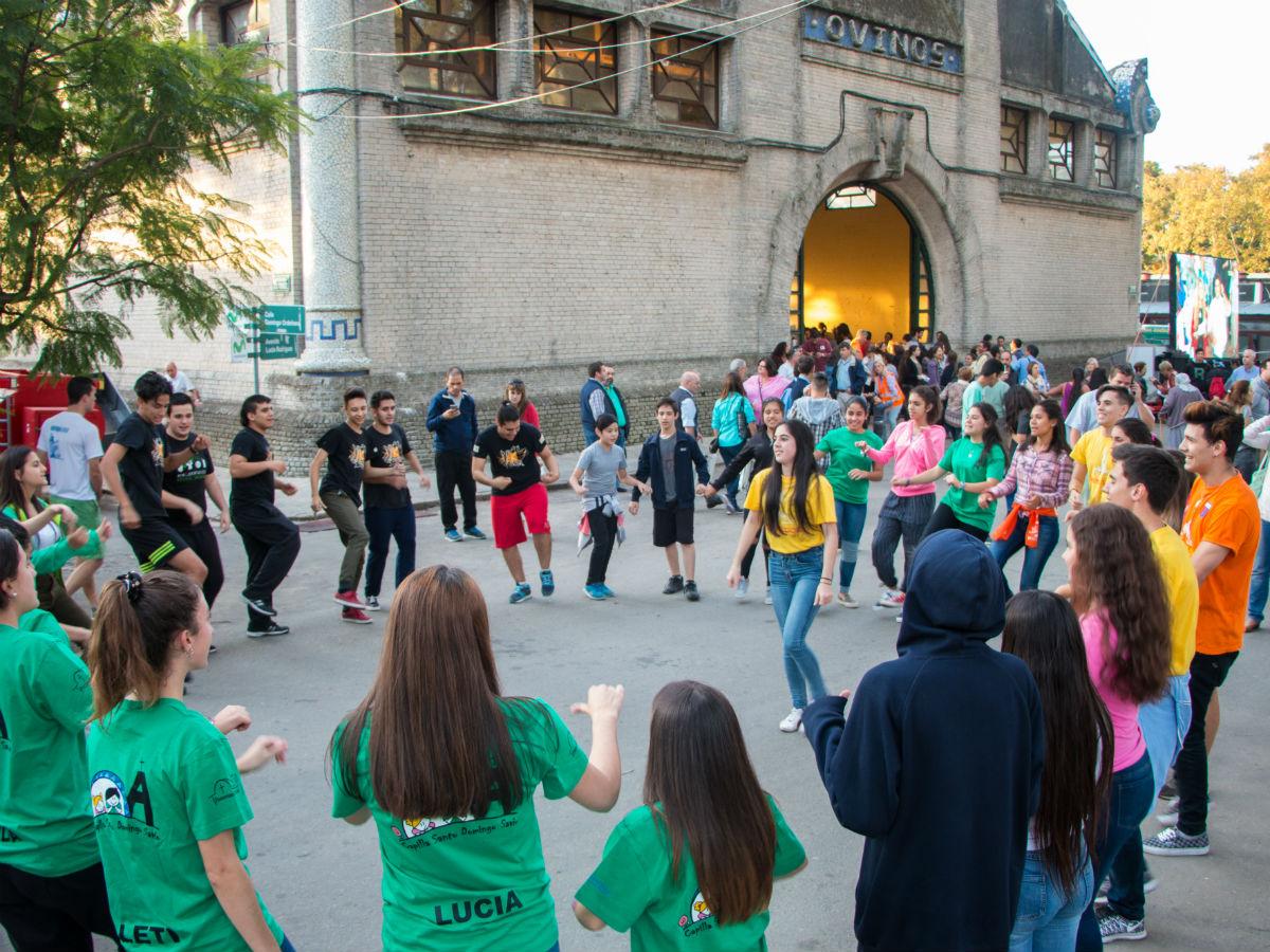 Miles de personas vivieron la Fiesta San Felipe y Santiago 2017 /A. González