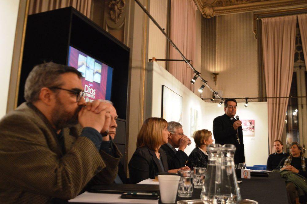 Presentación del foro, Mons. Sanguinetti / Fuente:  DECOS- CEU