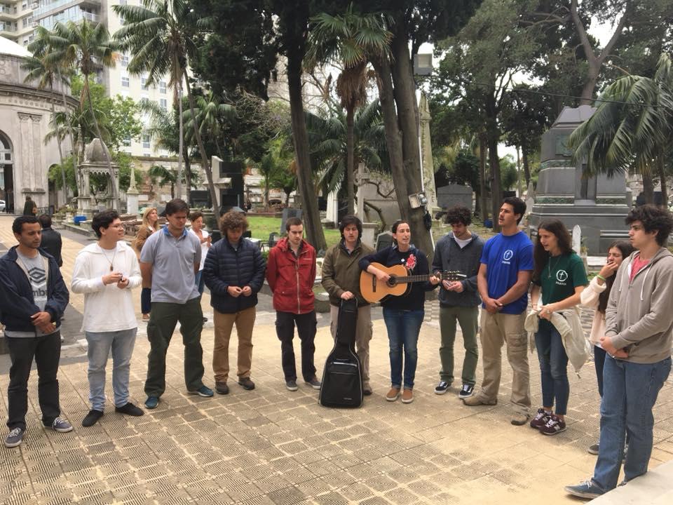 Jóvenes en la Misión de la Esperanza / Fuente: Iglesia Joven Montevideo