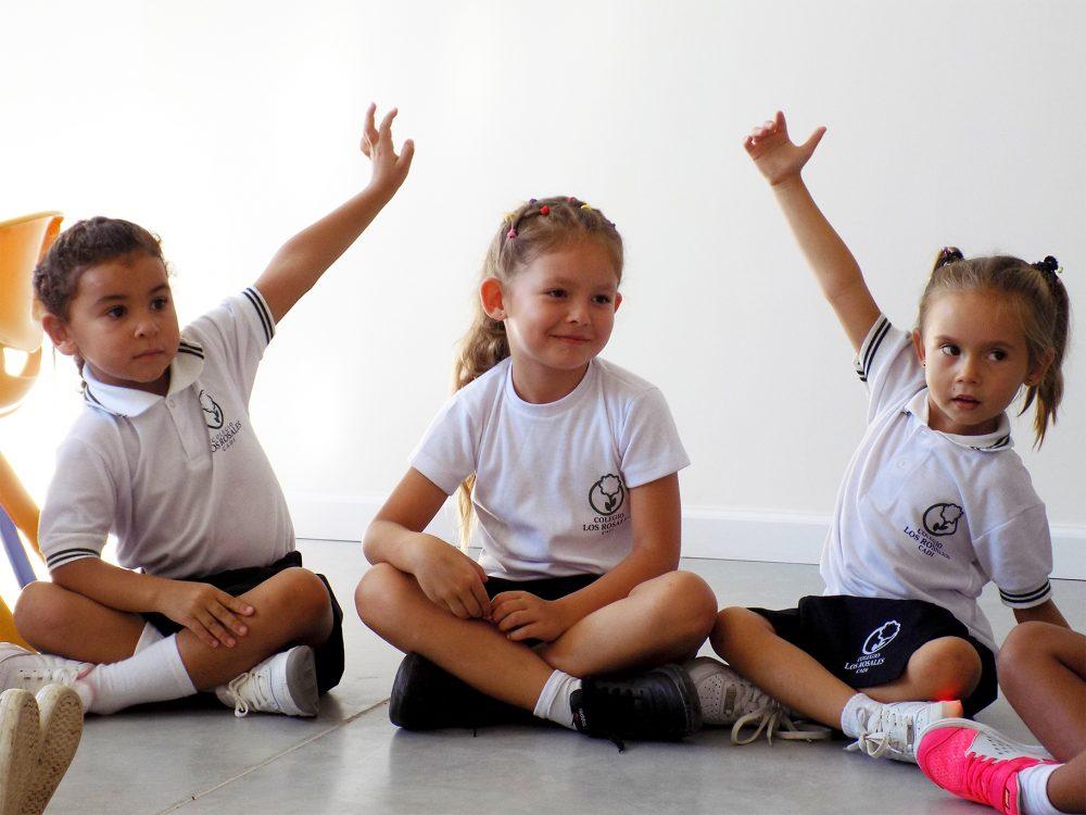 Alumnas del colegio Los Rosales/ Fuente: CADI