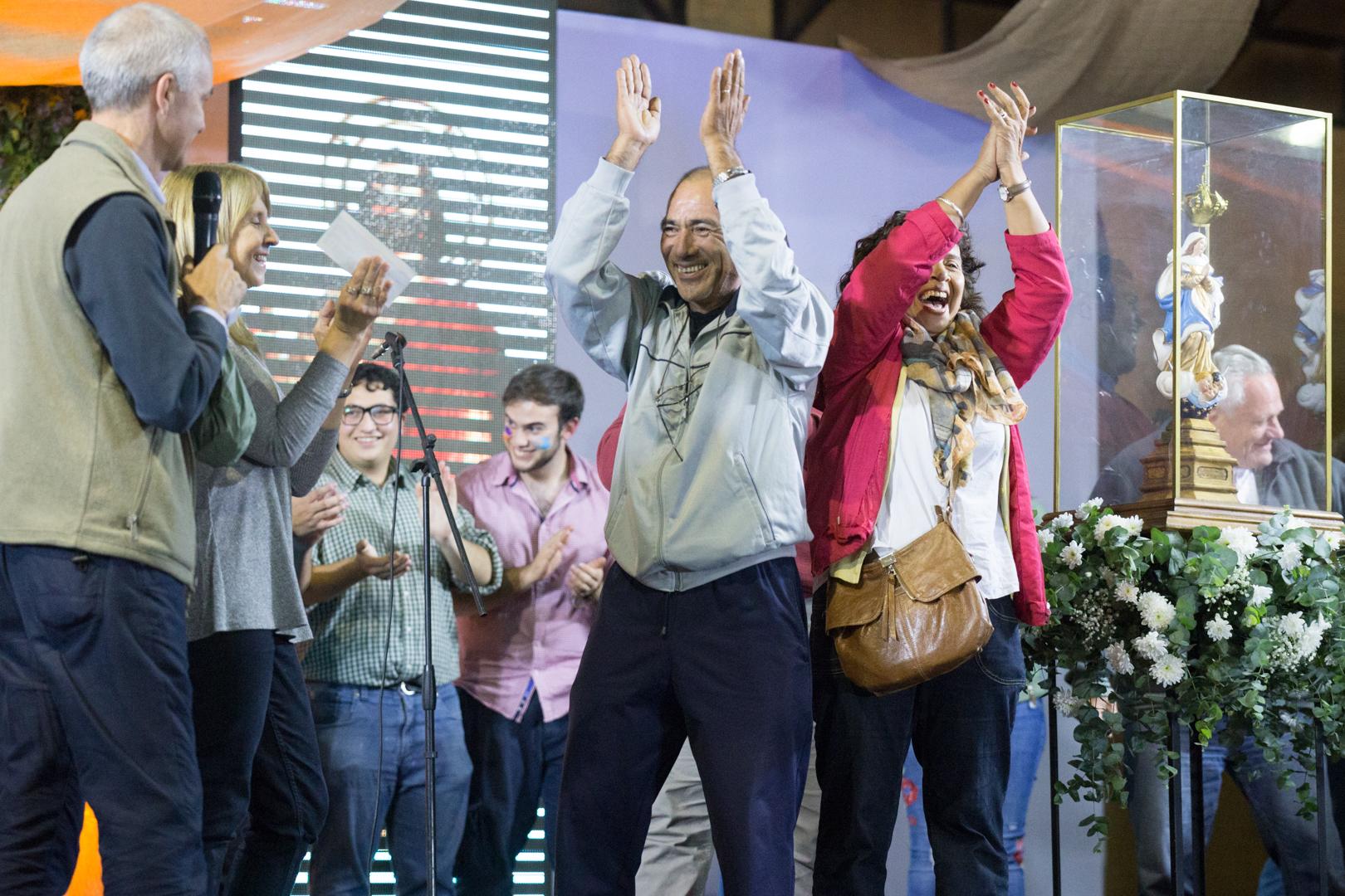 Doce representantes de la obra retiraron el cheque por $50.000 /F. Gutiérrez
