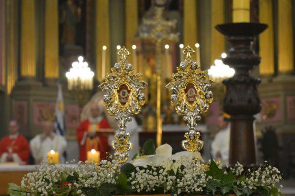 Los restos de los santos están en dos relicarios /C. Bellocq