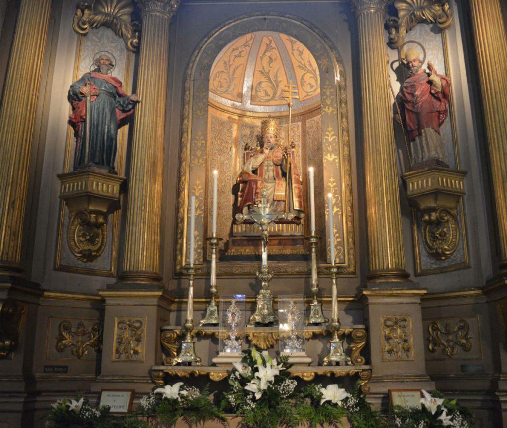 Las reliquias están en el altar de San Pedro, en el lado derecho de la Catedral /C. Bellocq