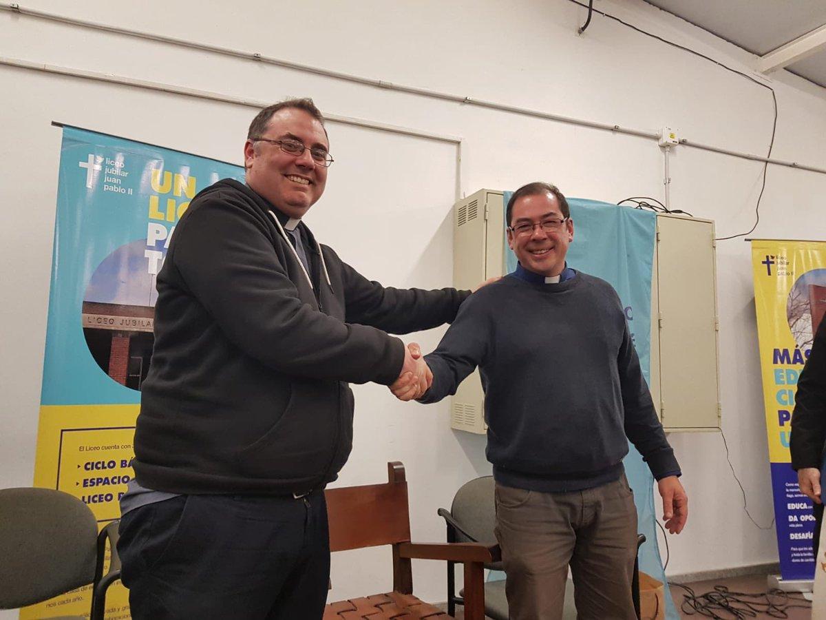 P. Valentín Goldie y P. Ricardo Villalba. twitter /@cebedio