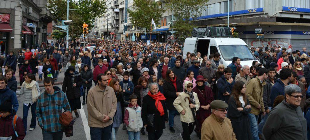 La procesión ocupó varias cuadras en 19 de Julio /C. Bellocq