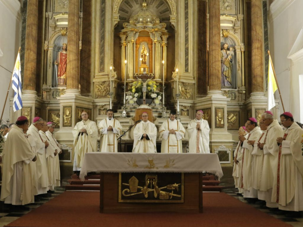 Obispos de todo el país estuvieron en la ceremonia /F. Polvarini