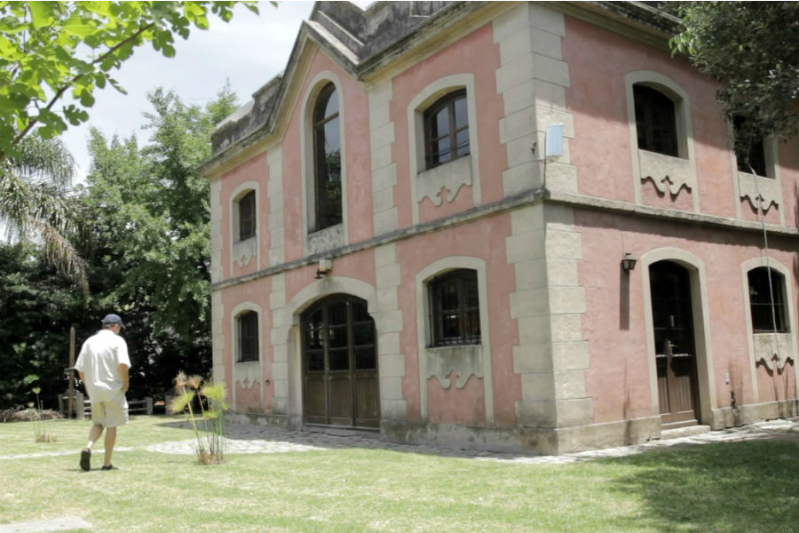 En la sede de Renacer está la Capilla de las Familias, una antigua caballeriza típica del Prado /PROYECTO RENACER