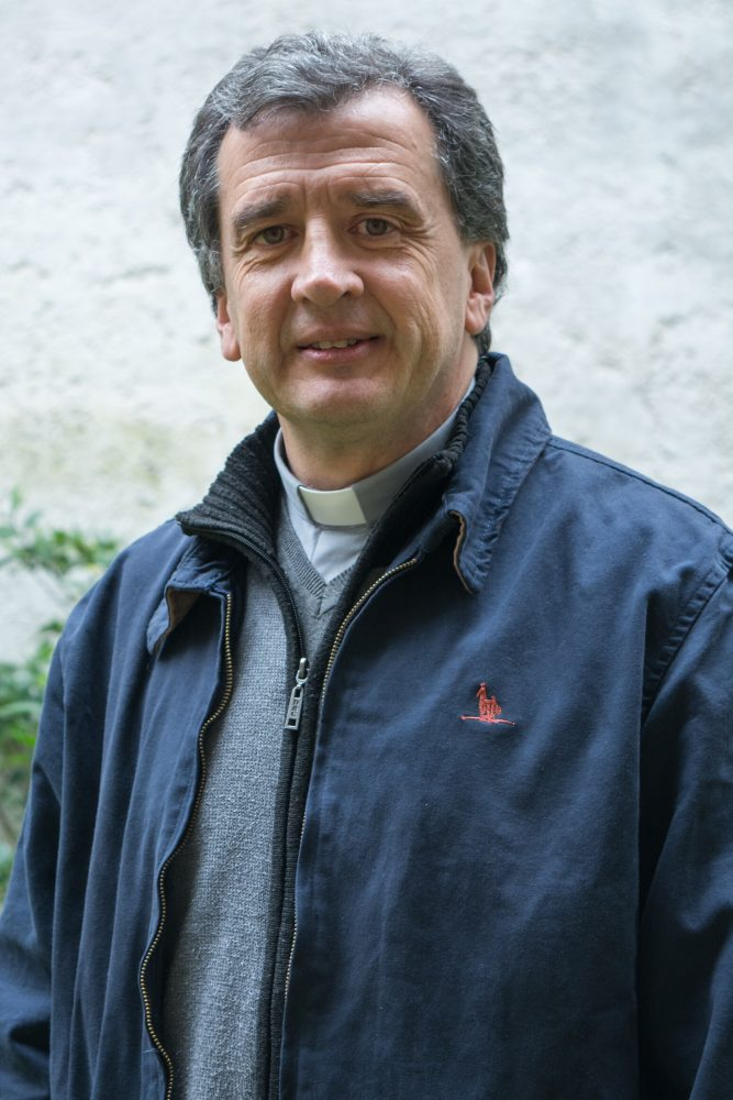 4-obispo-auxiliar-p-pablo-jourdan-1-de-9
