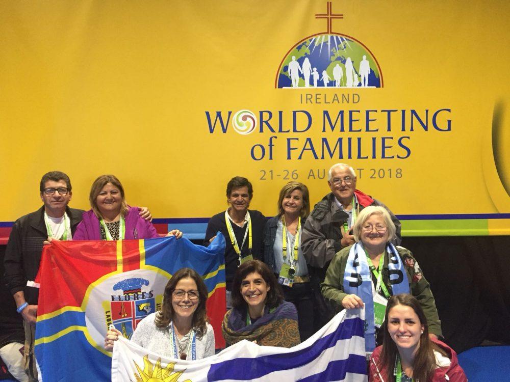 Parte de la delegaciòn uruguaya en el Encuentro Mundial de Familias