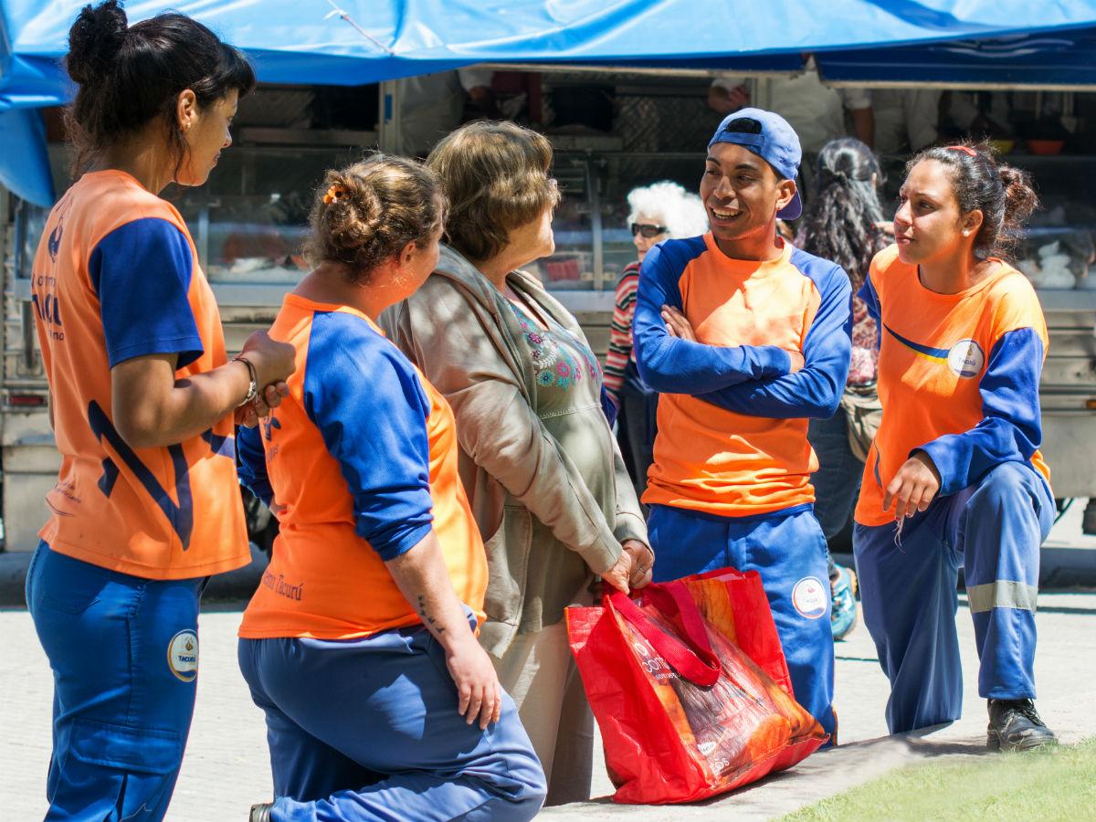 Los Proyectos Educativos de Acompañamiento Laboral de Tacurú fomentan la inclusión laboral y el crecimiento / TACURU