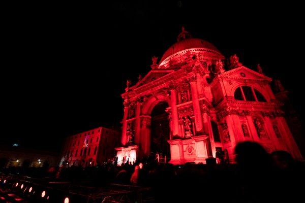 Venecia se iluminó de rojo por los mártires cristianos/ Fuente: CNA - Daniel Ibáñez