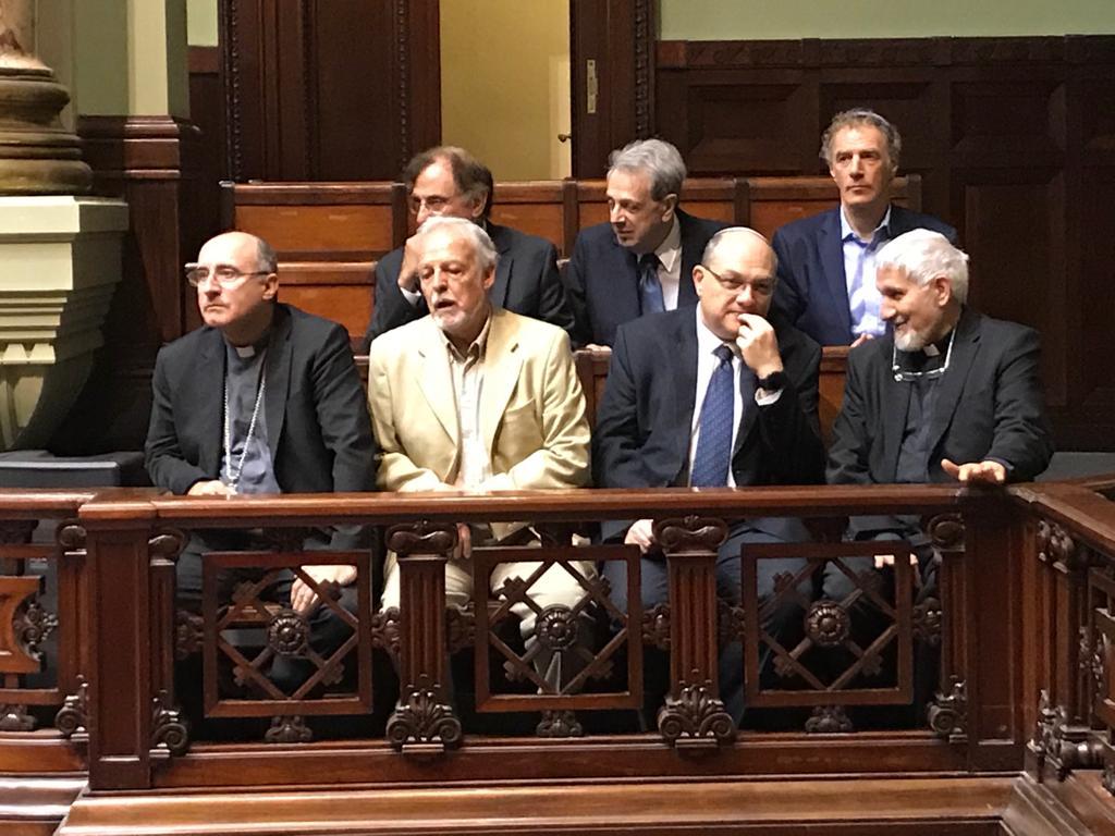 El Cardenal Daniel Sturla estuvo en el Senado junto al rabino Daniel Dolinsky y el pastor Jerónimo Granados.
