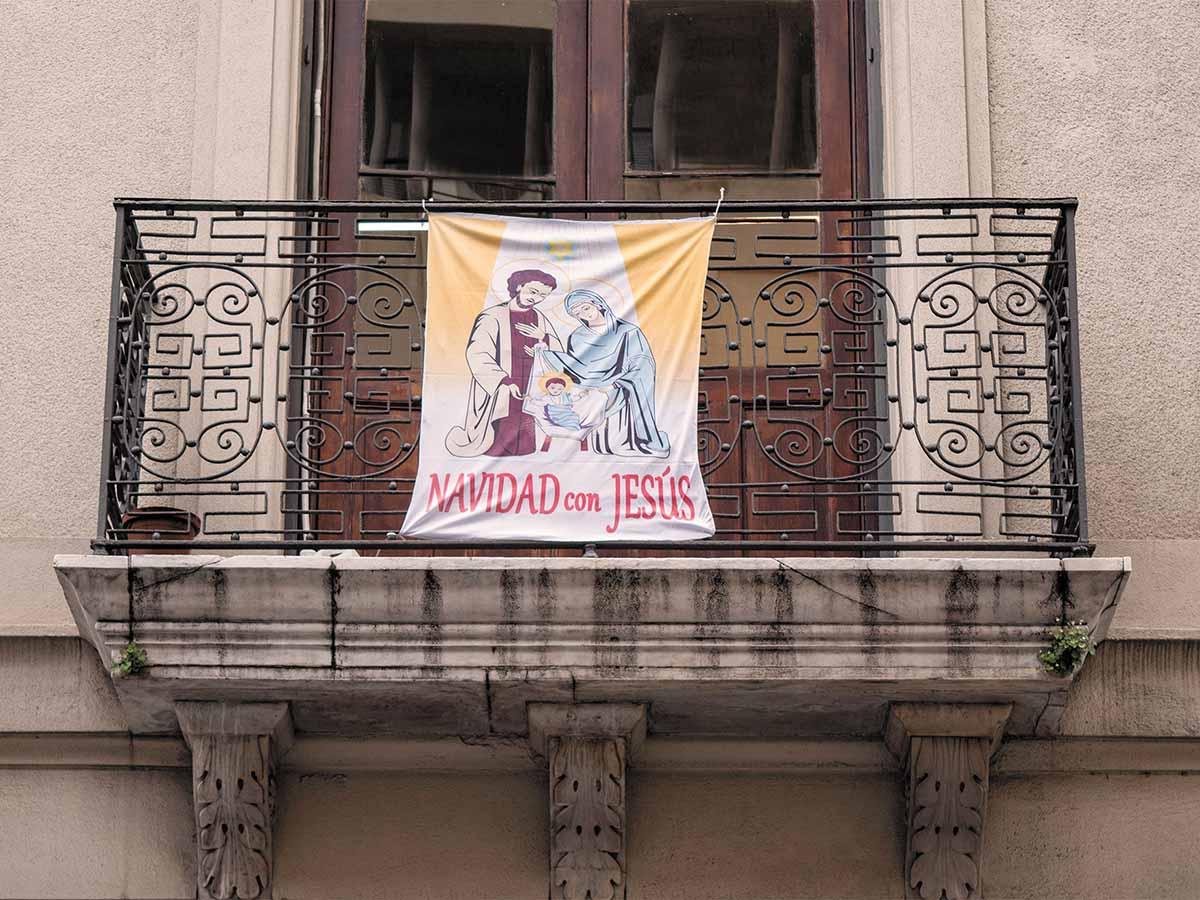 Las balconeras vuelven a tapizar la ciudad de Montevideo /F. GUTIÉRREZ