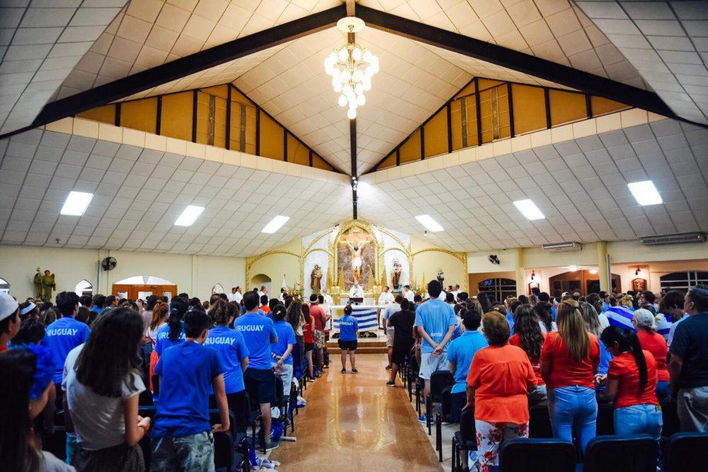 Misa de jóvenes uruguayos en la JMJ/ Fuente: Martín Freire