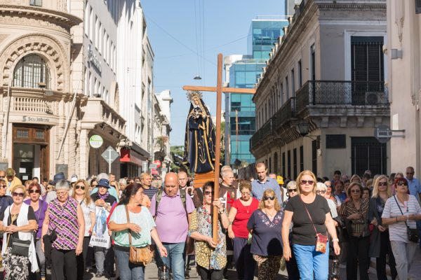 La Virgen Dolorosa acompaña a su Hijo y a su pueblo en la peregrinación. F. GUTIÉRREZ