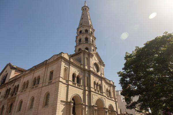1864 es el año en el que se comenzó a construir el templo definitivo. F. GUTIÉRREZ