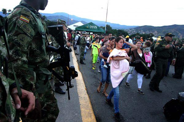 Miles de personas traspasan la frontera entre Venezuela y Colombia todos los días/ Fuente: Sección Migrantes y Refugiados de la Santa Sede