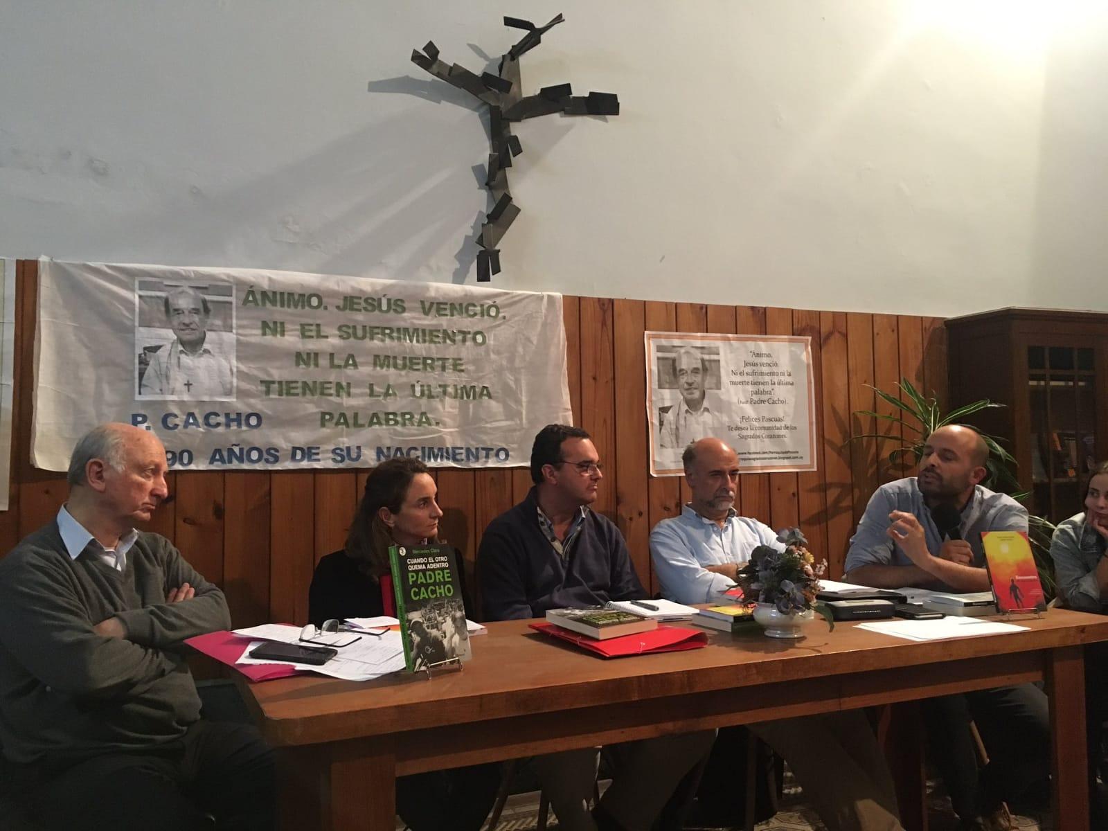 P. Pablo Bonavía, Carmen Sanguinetti, Pablo Bartol, Pablo Mieres y Matías Rodríguez