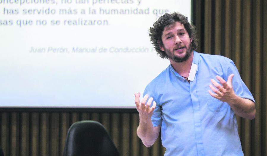 """""""Hace falta reconstruir el tejido social"""", dice el P. Charly. HOGAR DE CRISTO ARGENTINA"""