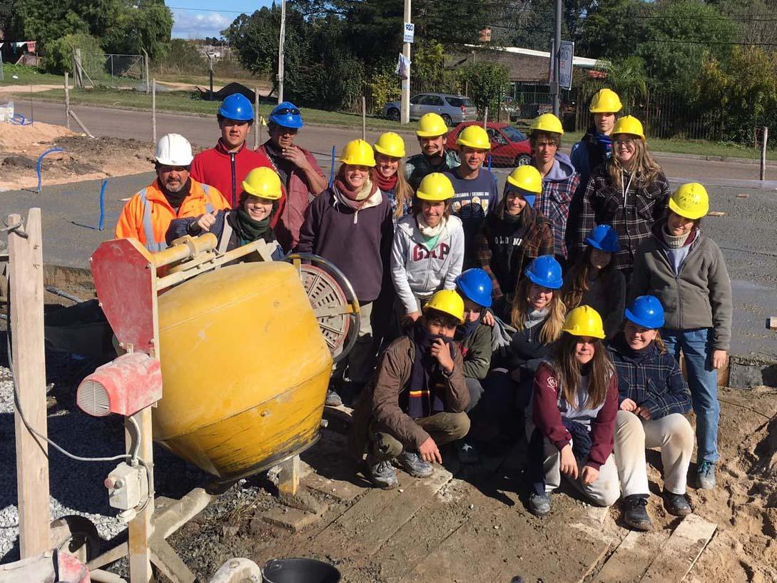 Hicieron trabajo de obra y encuentros con la comunidad. /COLEGIO SEMINARIO